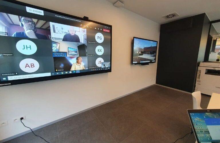 Digi Consult interactief ledscherm tijdens vergadering