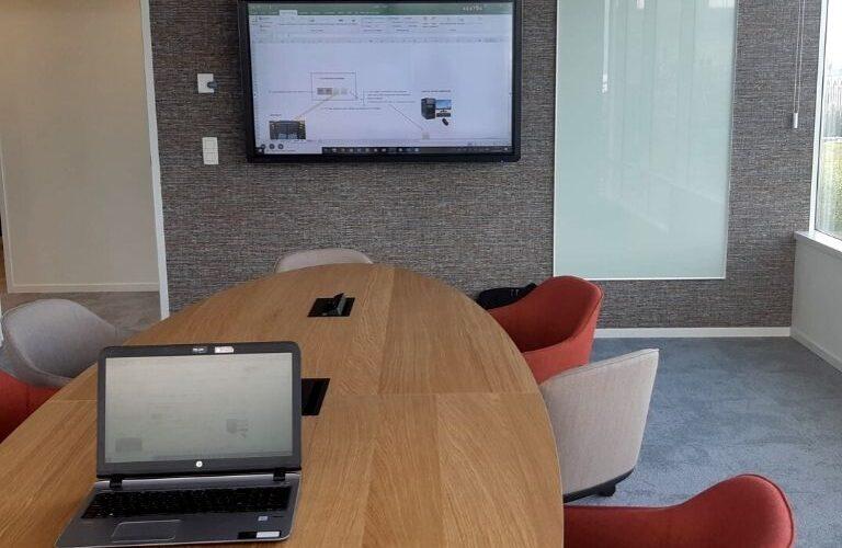 Digi Consult clevertouch touchscreen realisatie in vergaderzaal