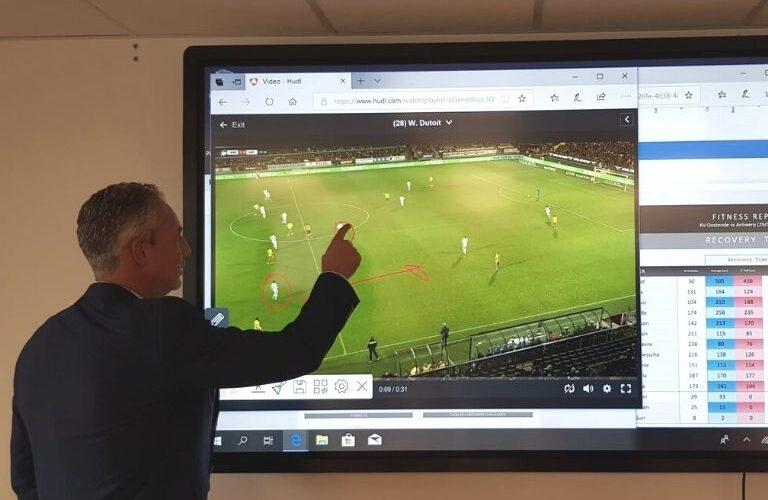 Digi Consult clevertouch touchscreen realisatie voetbal
